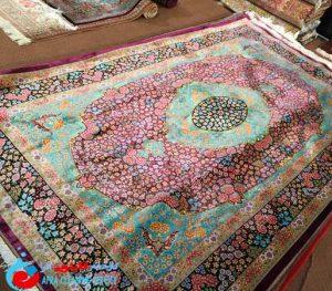 فرش دستباف قم